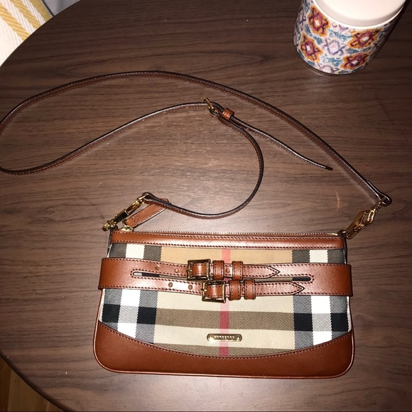61b9c5d94bf8 Burberry Handbags - Burberry Crossbody Bag